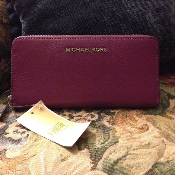182b40049504 Brand new Michael Kors purple wallet nwt