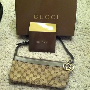 Authentic Gucci pouchette