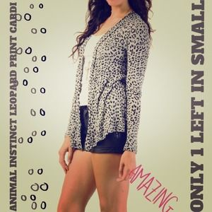 ⚡FLASH SALE⚡LEOPARD PRINT CARDI ONLY 1 LEFT IN S!✨