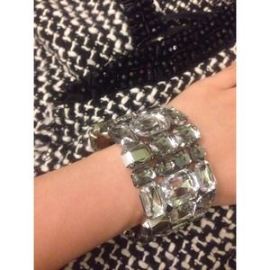 Gorgeous Clear Crystal Bracelet