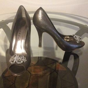 Only worn once silver heels