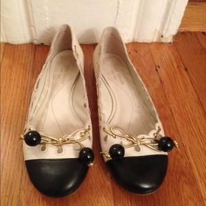 HP Kate Spade leather flats gold embellishment