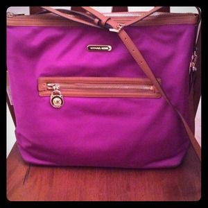 Kempton Large Shoulder Bag 103