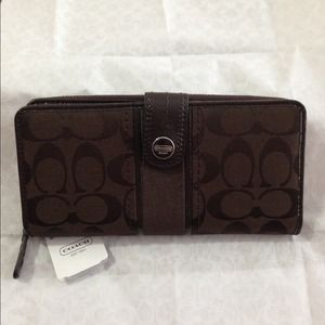 Coach Clutches & Wallets - Coach Signature Accordion Zip Wallet