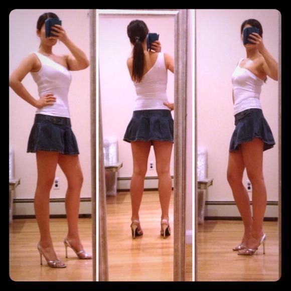 H&M - ⬇Was 25$⬇H&M pleated denim mini skirt from Julia's closet ...