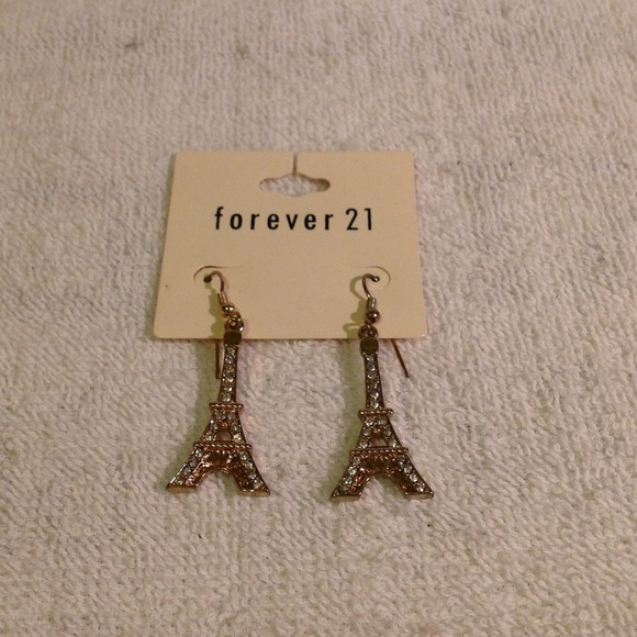 Forever 21 forever 21 eiffel tower earrings from ira 39 s for Forever 21 jewelry earrings