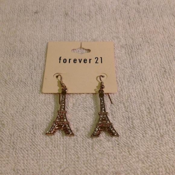 Forever 21 forever 21 eiffel tower earrings from ira 39 s for Forever 21 jewelry earrings