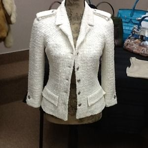 CHANEL WHITE WOVEN JACKET GORGEOUS SZ 38