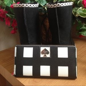 kate spade Clutches & Wallets - 🎀HP🎀Authentic Kate Spade Wallet