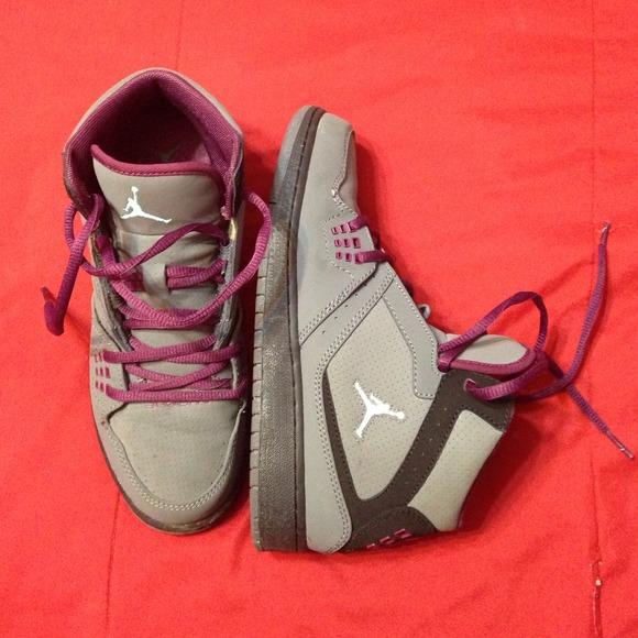 Men 5.5 23 Jordan sneakers