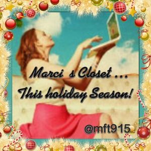 ⛄️Happy Holidays w/ Marci's Closet!! ⛄️