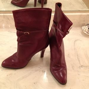 Boots - Excellent condition burgundy high heel boots