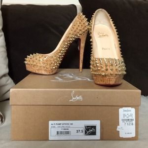 $450 Christian Louboutin Alti Pump Spike 37.5