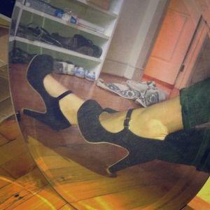 Brand new Mary Jane pumps!