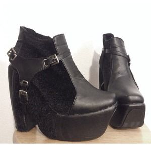 Shoes - Black harness mk goth platform boots