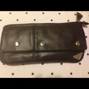 Roxy wristlet wallet
