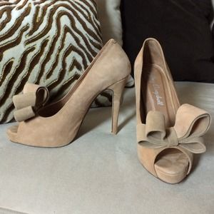 Jeffrey Campbell Suede Peep Toe Bow Pump 7.5