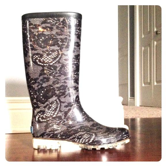 67% off Bootsi Tootsi Boots - Black lace print Bootsi Tootsi rain ...