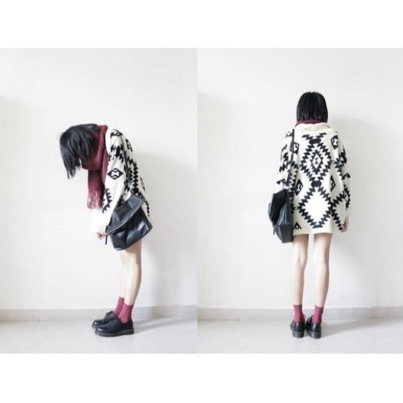 Sweaters - Cream Oversized Tribal Print Knit Cardigan