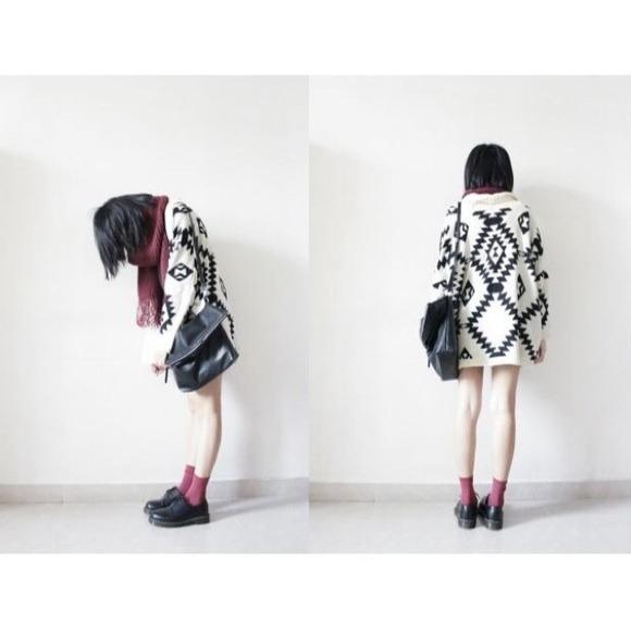 ✖️SOLD✖️Cream Oversized Tribal Print Knit Cardigan