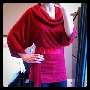 Shimmery red knit top!
