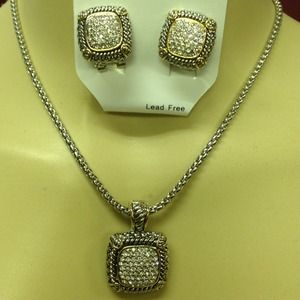 Accessories - Rhinestone necklace and earring set