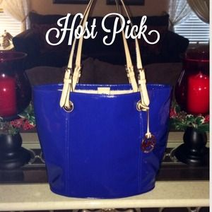 🎉Host Pick🎉 Michael Kors Blue Jet Set Tote NWT