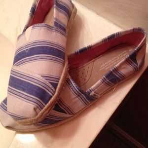 TOMS Shoes - Blue stripe toms