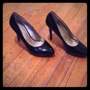 Christian Siriano Shoes - Medium High Heels
