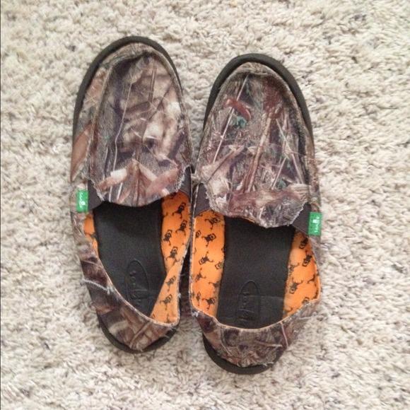 15042a4d4b021 Camo Sanuk Shoes. M_52a49c7e17b8c23b0e075cd4