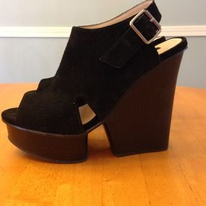 Shoemint Isabella black wedge heels!