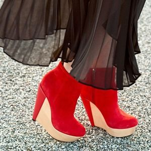 Kelsi Dagger Acalia Red Suede wood Boot Wedge 5.5