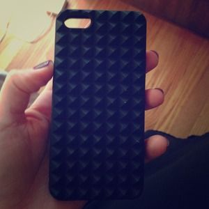 iPhone 5 studded case