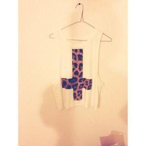 Tops - Cheetah cross muscle tee