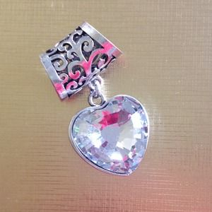 Accessories - NEW Heart Scarf Pendant
