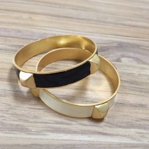 Jewelry - Set of 2 enamel and stud bangles
