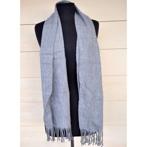 Accessories - Gray Scarf
