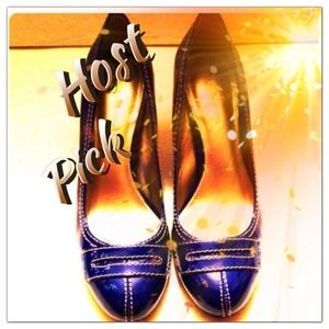Host Pick- Blue Patent Leather Liz Claiborne Pump