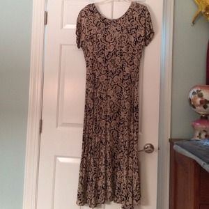 Long flowing black and beige print dress