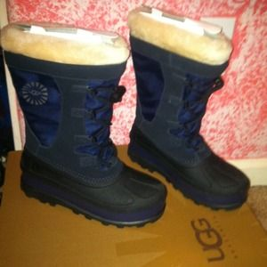 SALEUggs snow boots