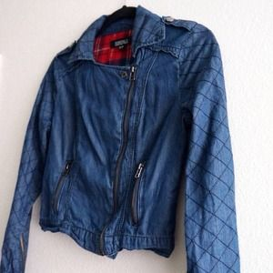 closet clear out 🔻 cropped denim moto jacket