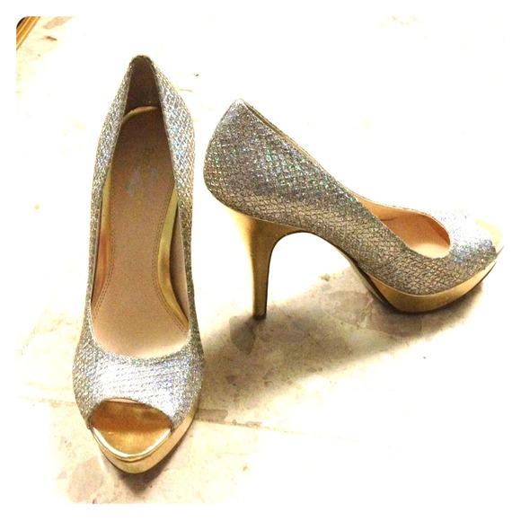 afdd024375ee Enzo Angiolini Shoes - Sparkle Enzo Angiolini  Sully  Platform Pump