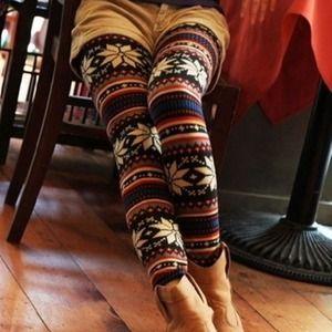 DEALSnowflake leggings