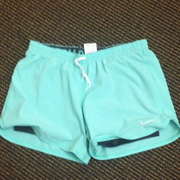 752097d6133a 🚫SOLD🚫Tiffany Blue Nike Phantom Shorts. M 52a66a2317b8c23b0e0c3eae