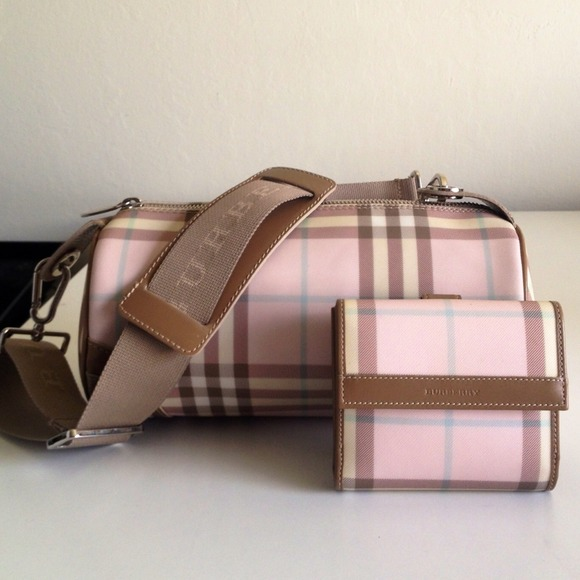 Burberry Bags Pink
