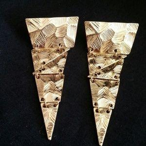 Jewelry - Very cool Earrings