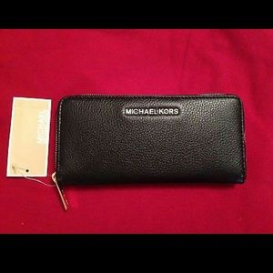 Michael Kors Selma black zip around wallet
