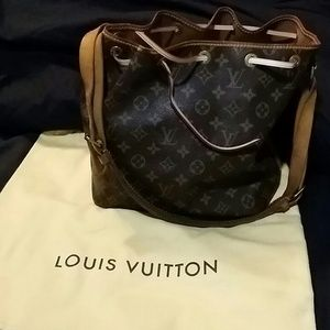 100% Authentic Louis vuitton petit noe bag