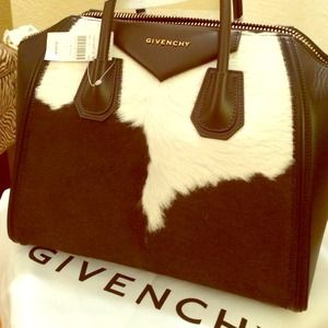 Not for sale 100%auth Givenchy antigona duffel