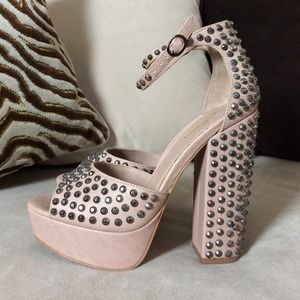 Shoes - ✨ Nude Studded Platform Ankle Strap Sandals 7 ✨